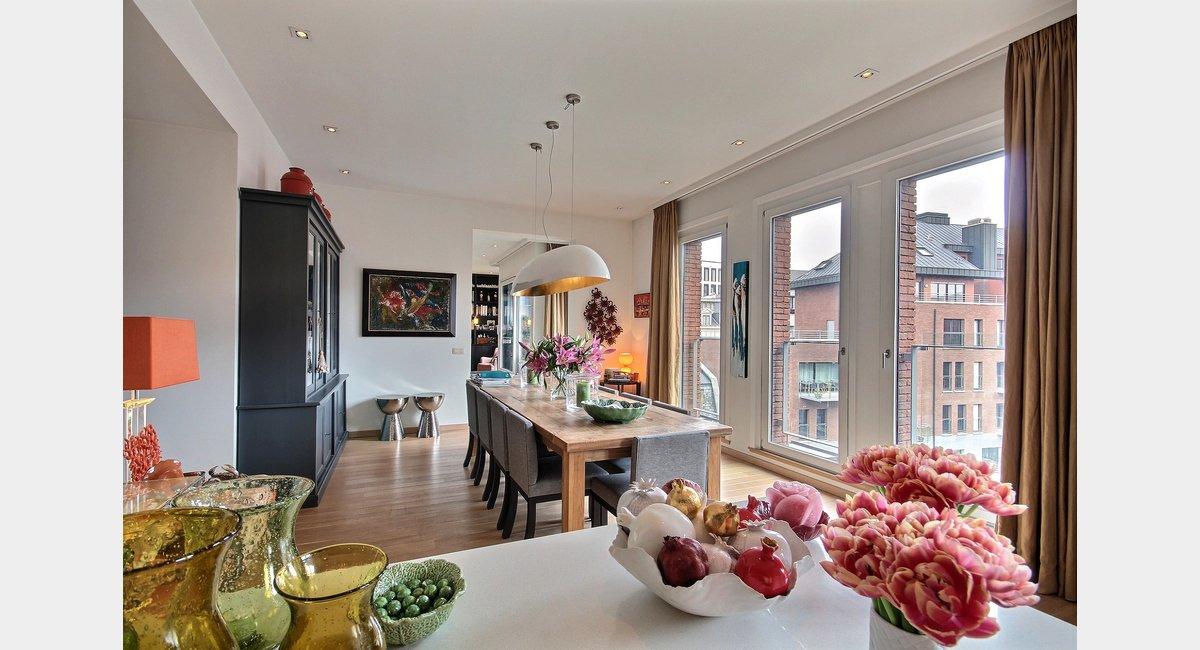 Sablon  Luxurieux  Gnreux Appartement Prt  Emmnager